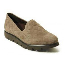 Juana Quilted Loafer